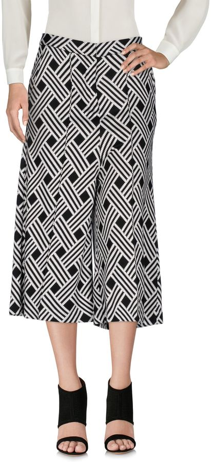 Vicolo 3/4-length shorts - Item 13047657