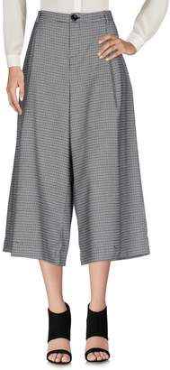 Noshua 3/4-length shorts