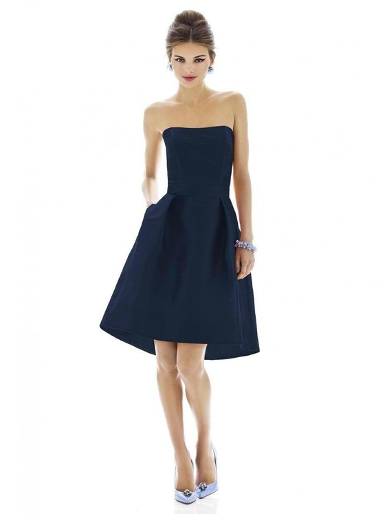Alfred Sung - D580 Bridesmaid Dress in Midnight