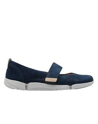 cc3d80eacdd Clarks Blue Fashion for Women - ShopStyle UK