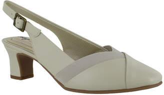 Easy Street Shoes Womens Erika Round Toe Block Heel Pumps