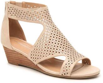 Report Mackie Wedge Sandal - Women's