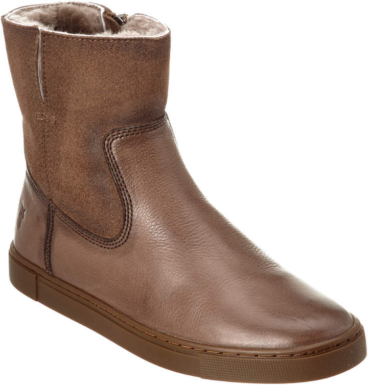 Frye Women's Gemma Short Shearling Boot