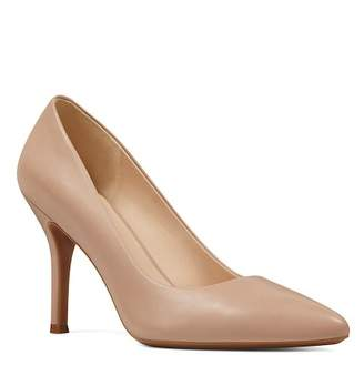 Nine West Fifth Pointed Toe Leather Pump