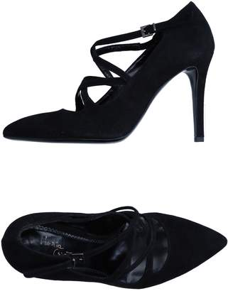 Maria Cristina Pumps - Item 11240906DV