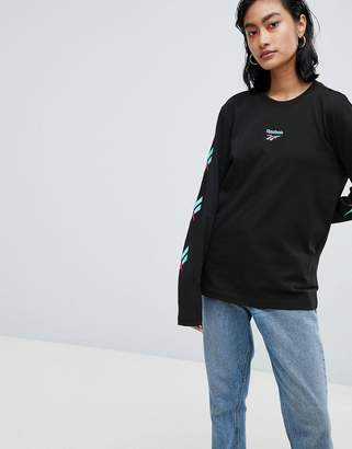 Reebok Long Sleeve T-Shirt With Vector Logo Sleeves