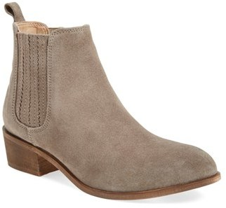 Women's Steve Madden 'Nylie' Chelsea Boot $109.95 thestylecure.com