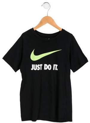 Nike Boys' Short Sleeve Graphic Shirt