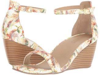 Kenneth Cole Reaction Cake Shop 2 Women's Wedge Shoes