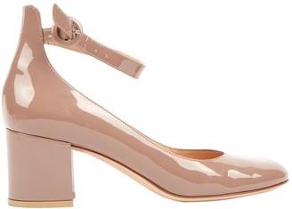 Gianvito Rossi Pink Patent leather Mid heel