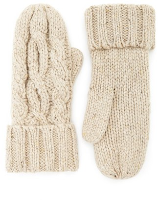 FOREVER 21+ Cable Knit Mittens $9.90 thestylecure.com