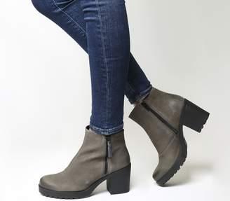 4760c017ad26af Vagabond Grace Side Zip Boots Stone Grey Nubuck