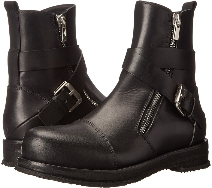 CNC Costume NationalCoSTUME NATIONAL Cross Buckle Boot