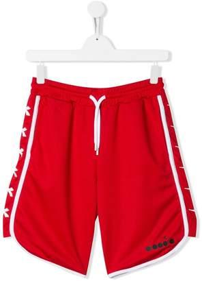 Diadora Junior TEEN contrast piping track shorts