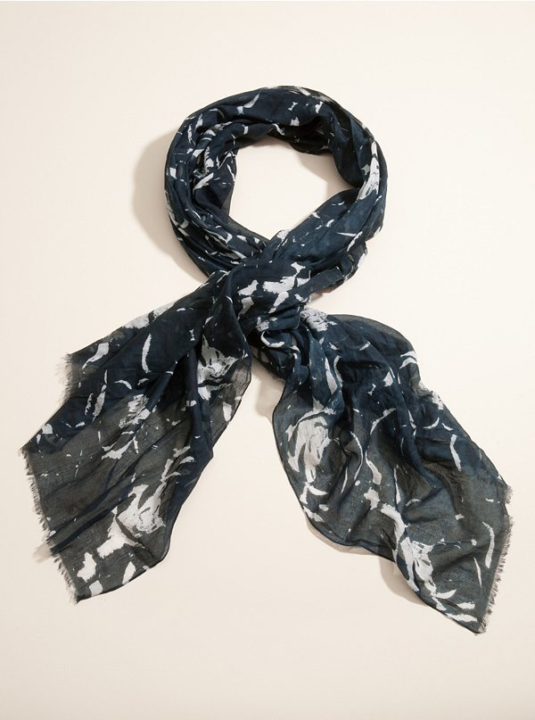 GUESS Blue Rose Scarf