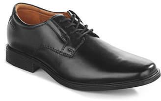 Clarks Tilden Classic Derby Dress Shoe