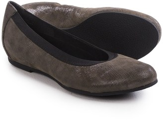 Munro American Ashlie Ballet Flats - Suede (For Women) $79.95 thestylecure.com