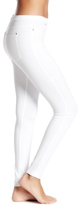 HUE Luster Twill Legging $44 thestylecure.com