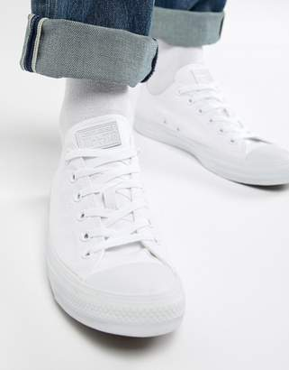 Converse ox plimsolls in white 1u647