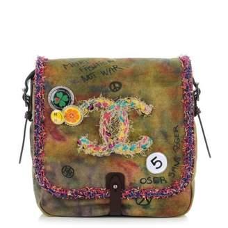 Chanel On the Pavements Messenger Graffiti Washed Toile Khaki/Multicolor Khaki/Multicolor