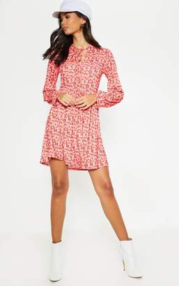 PrettyLittleThing Red Floral Printed Tie Neck Jersey Tea Dress