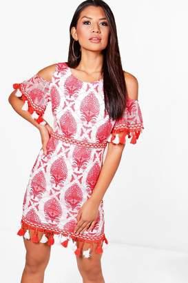 boohoo Boutique Daisy Lace Tassel Trim Dress