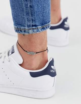 Asos Design DESIGN feather charm anklet in black