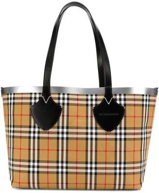 Burberry The Medium Giant reversible tote