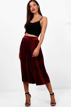 boohoo Talia Pleated Velvet Midi Skater Skirt