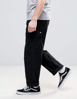 Dickies cargo pants in straight fit