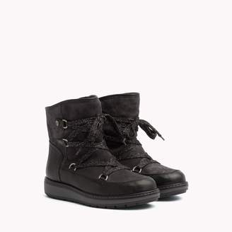 Tommy Hilfiger Panelled Lace Up Boot