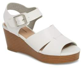 Treasure & Bond Hunter Platform Wedge Sandal