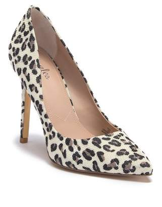 Charles by Charles David Palma Pointed Toe Pump