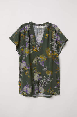 H&M V-neck Blouse - Dark green/patterned - Women