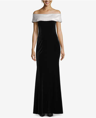 Betsy & Adam Petite Off-The-Shoulder Velvet Gown