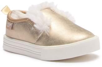 Osh Kosh OshKosh Maeve Slip-On Sneaker (Toddler & Little Kid)