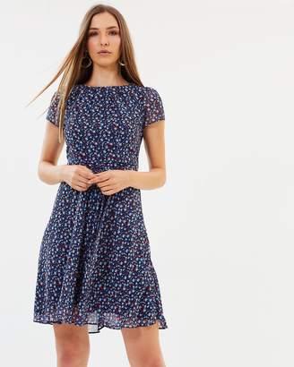 Dorothy Perkins Ditsy Floral Chiffon Dress