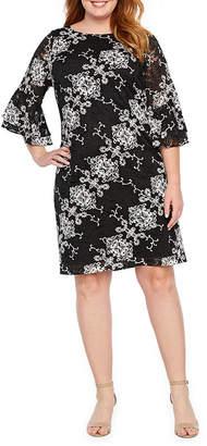 Ronni Nicole 3/4 Sleeve Medallion Sheath Dress-Plus