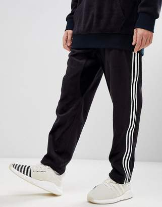 adidas Adicolor Velour Joggers In Tapered Fit In Black Cy3544