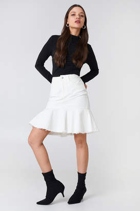 Na Kd Trend Raw Frill Hem Denim Skirt