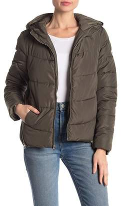 GUESS Hooded Quilted Jacket