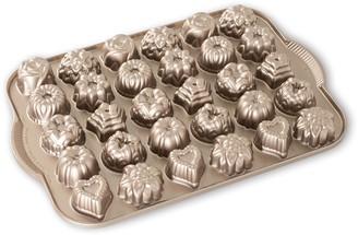 Nordicware Nonstick 30-Cup Bundt Tea Cake & Candy Pan