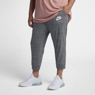 Nike Sportswear Gym Vintage Women's Capris (Plus Size)
