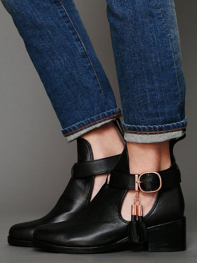 Shakuhachi Nix Cutout Ankle Boot