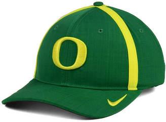 Nike Boys' Oregon Ducks Aerobill Sideline Cap