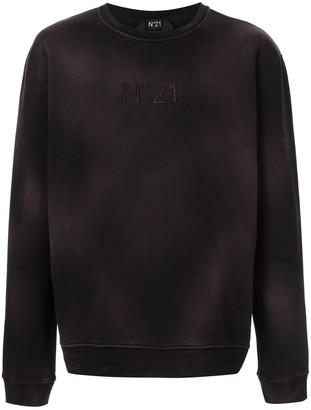 No.21 embroidered logo sweatshirt