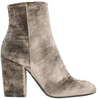 Strategia Grey Velvet Boots