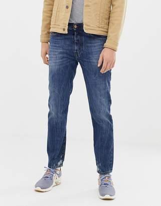 Diesel Mharky 90s slim fit jeans in 080AG