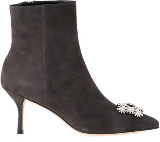 Stuart Weitzman Boot With Applications