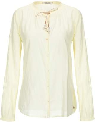Maison Scotch Shirts - Item 38801371JD